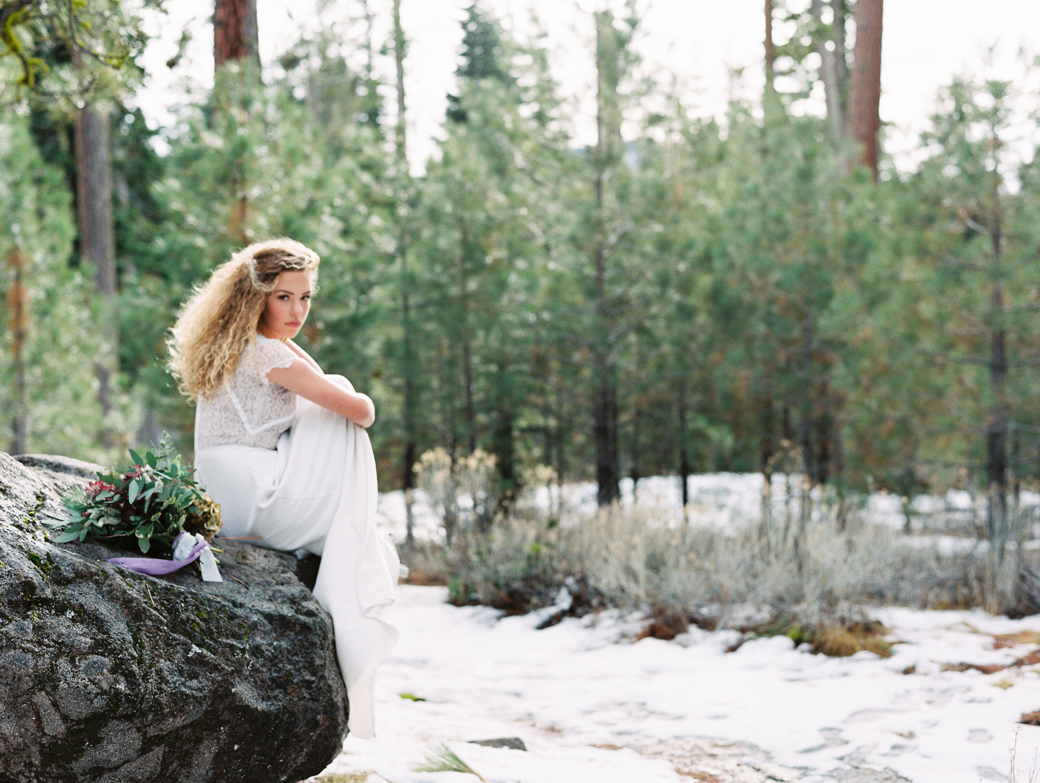 Romantic Forest Bridal Inspiration Grace Aston Photography10