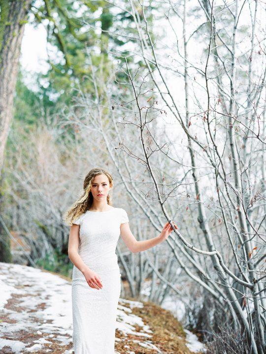 Romantic Forest Bridal Inspiration Grace Aston Photography24