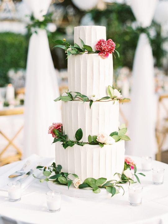 Classic Elegant White Wedding Cake