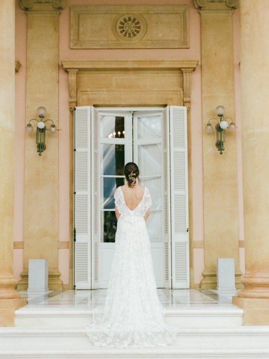 Elegant Spanish Wedding Style