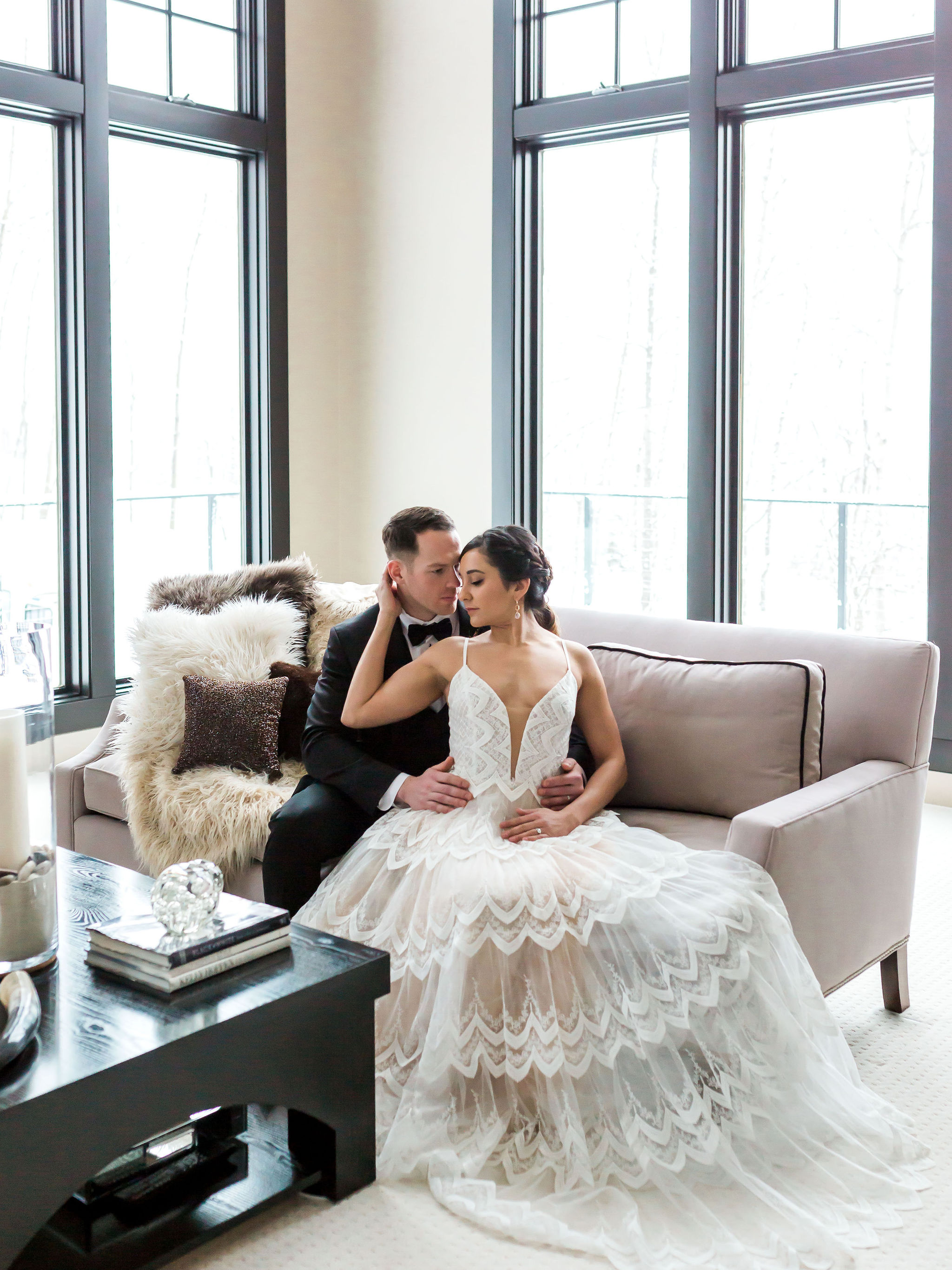 Modern Elegant Wedding Photos
