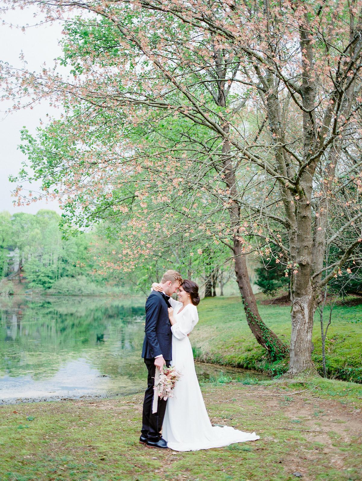 Garden Pond Wedding Photos