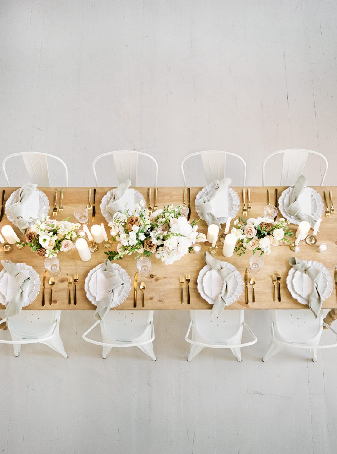 Monochromatic Natural Wedding Tablescape