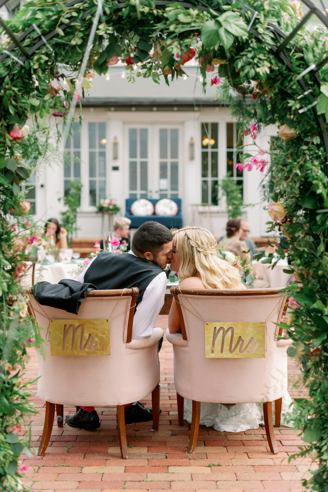 Mr Mrs Sweetheart Table Chair Signs