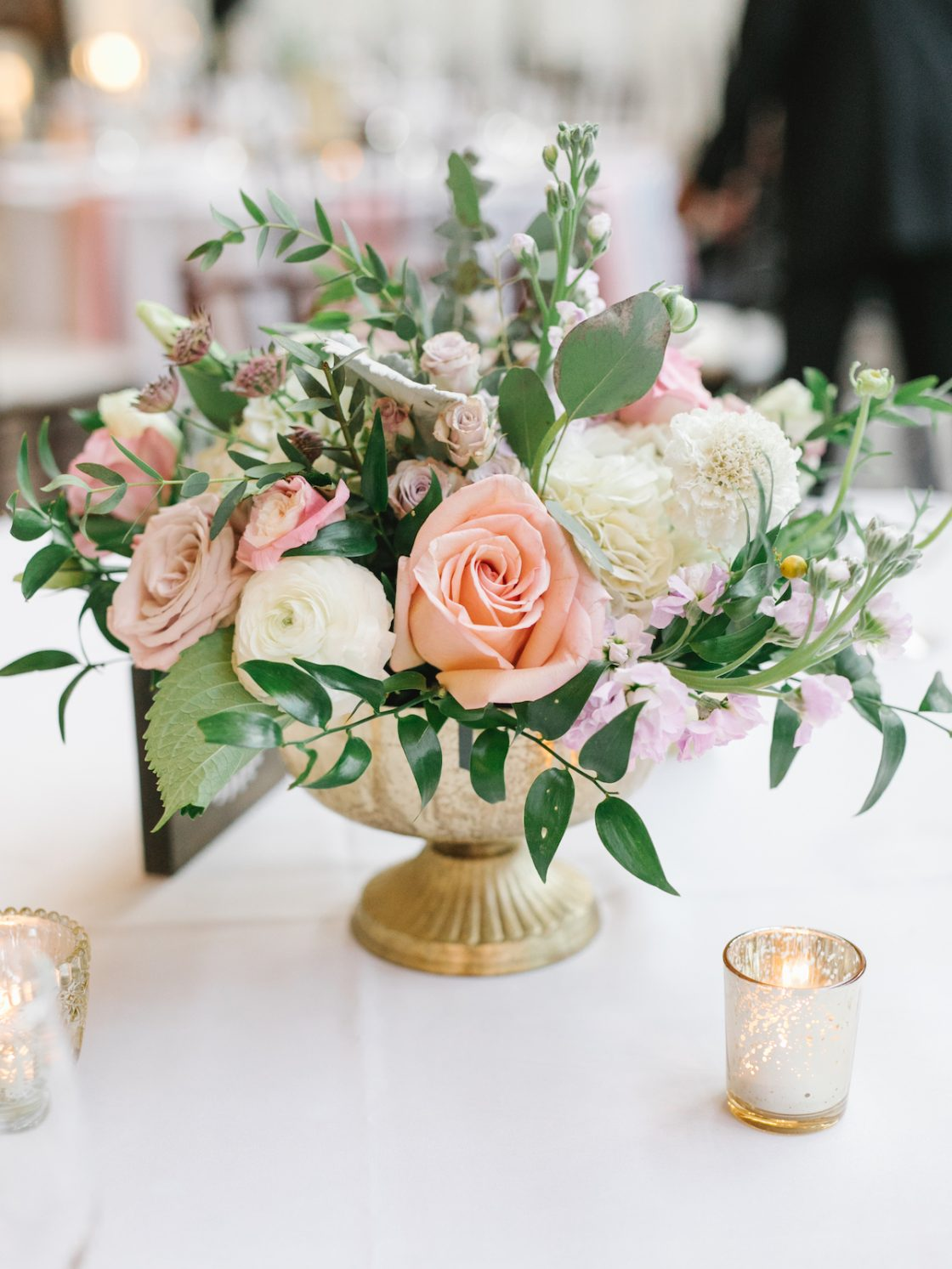 Rose Raunculus Lisianthus Scabiosa Wedding Centerpiece