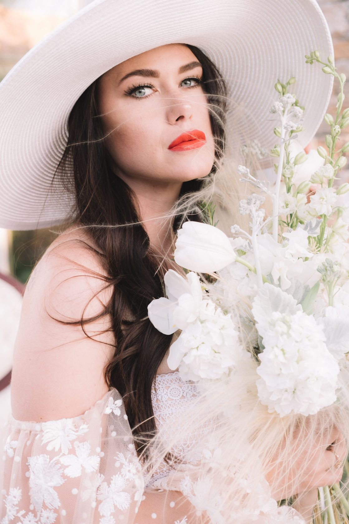 Chic Romantic White Wedding Inspiration