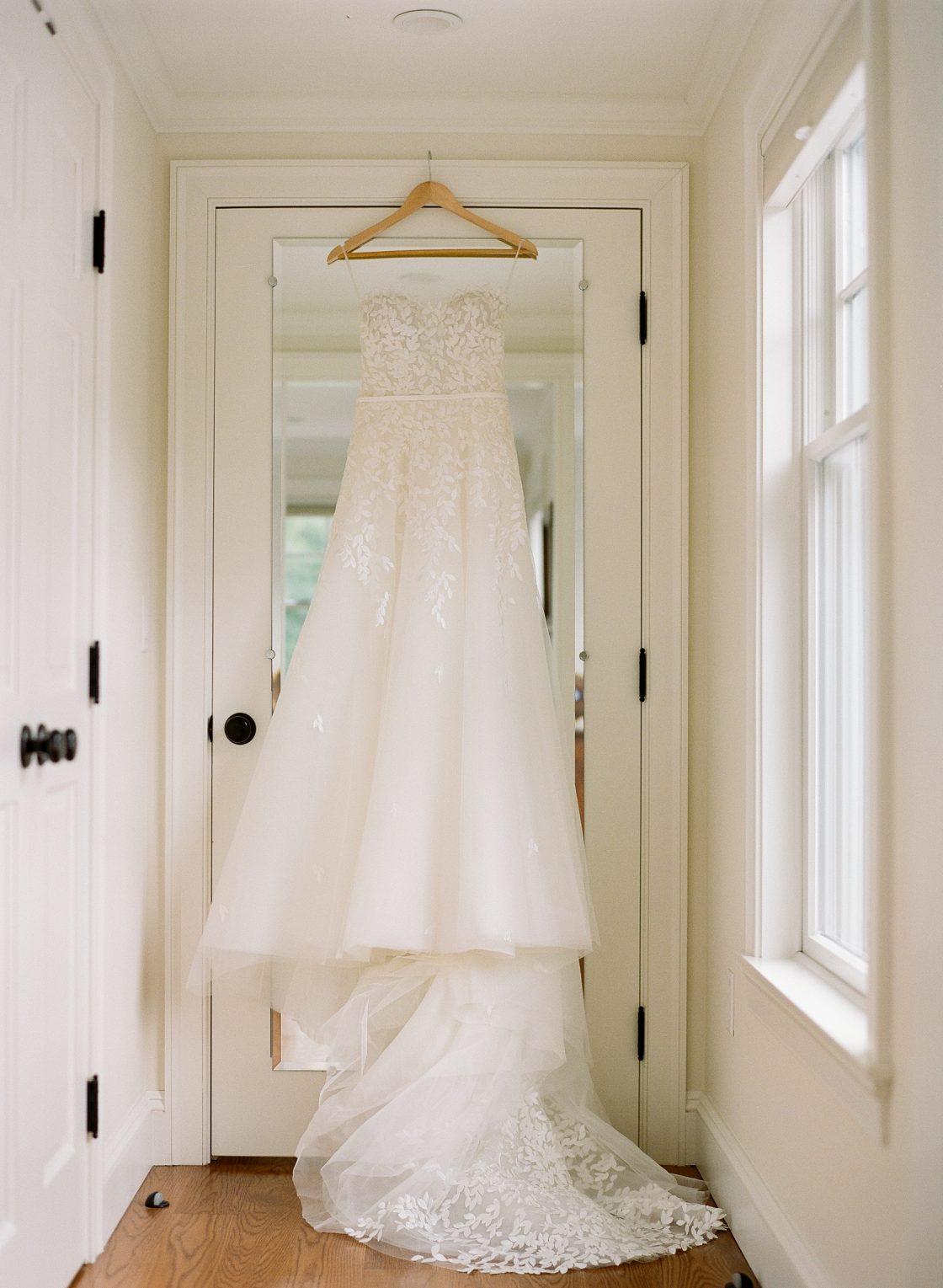 Classic Strapless White Wedding Dress