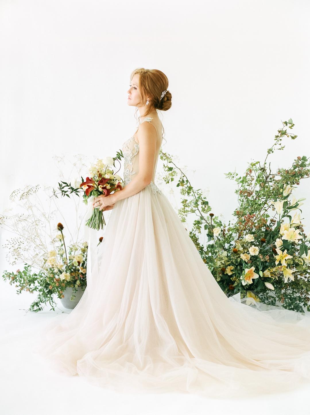 Organic Modern Romantic Wedding Inspiration