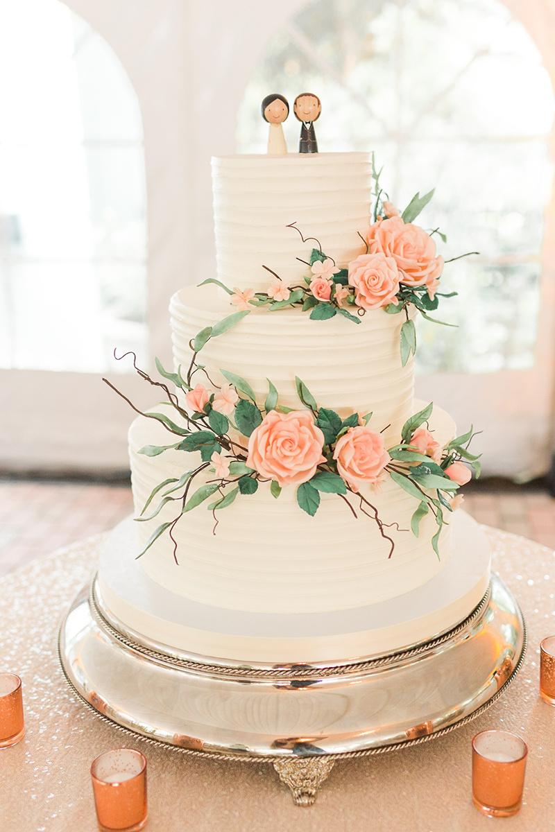 Elegant Pink Rose Wedding Cake