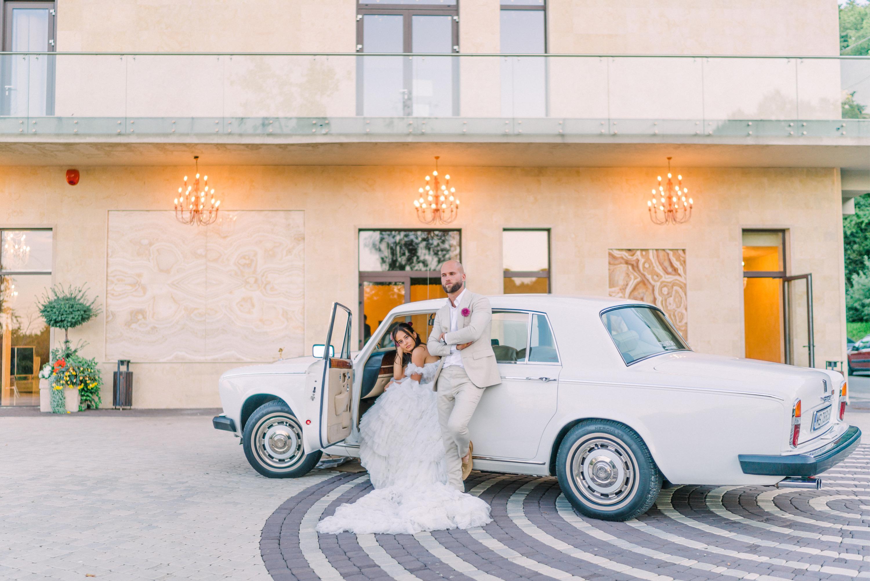 Elegant Rolls Royce Wedding Portrait