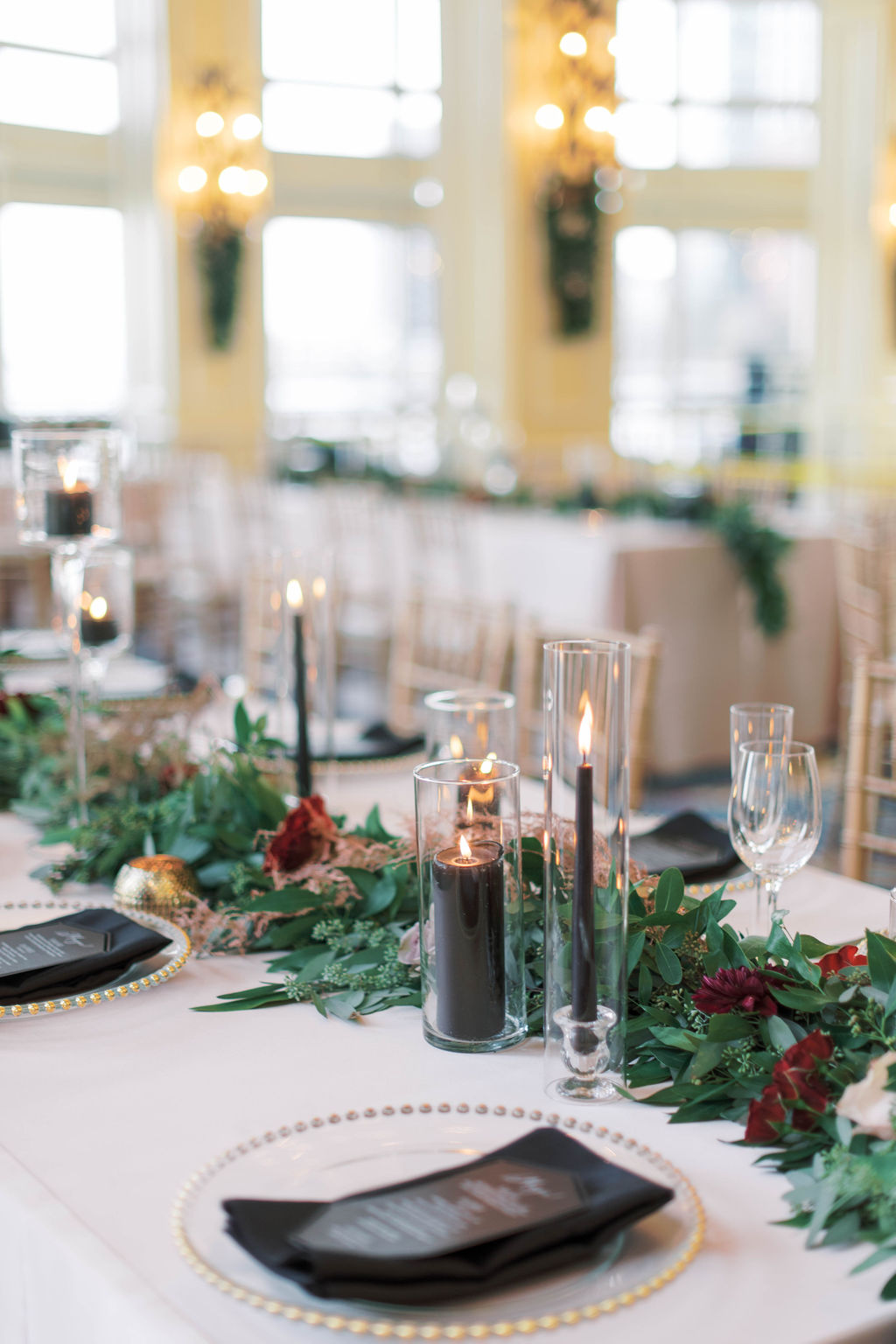 Rich and Elegant Winter Wedding Tablescape