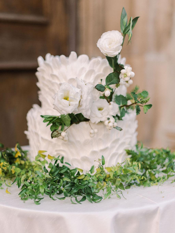 elegant villa wedding ideas XO and Fetti 23