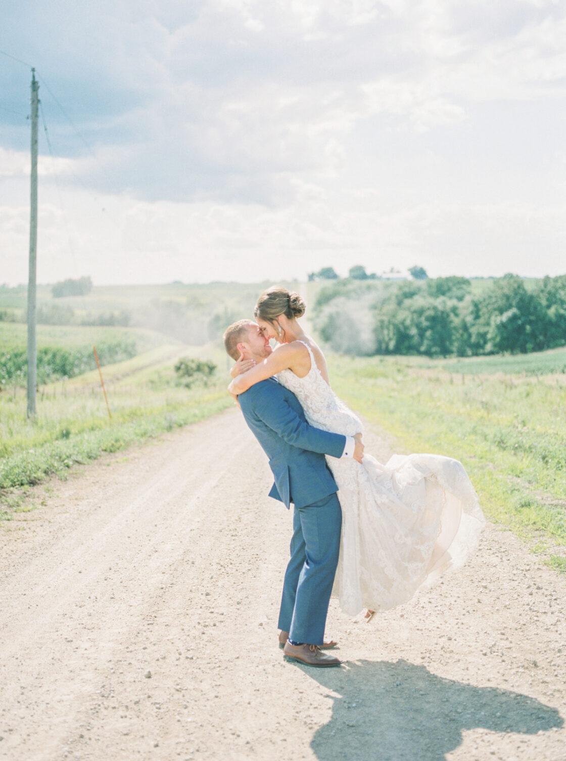 outdoor wedding Hunter Berry 14