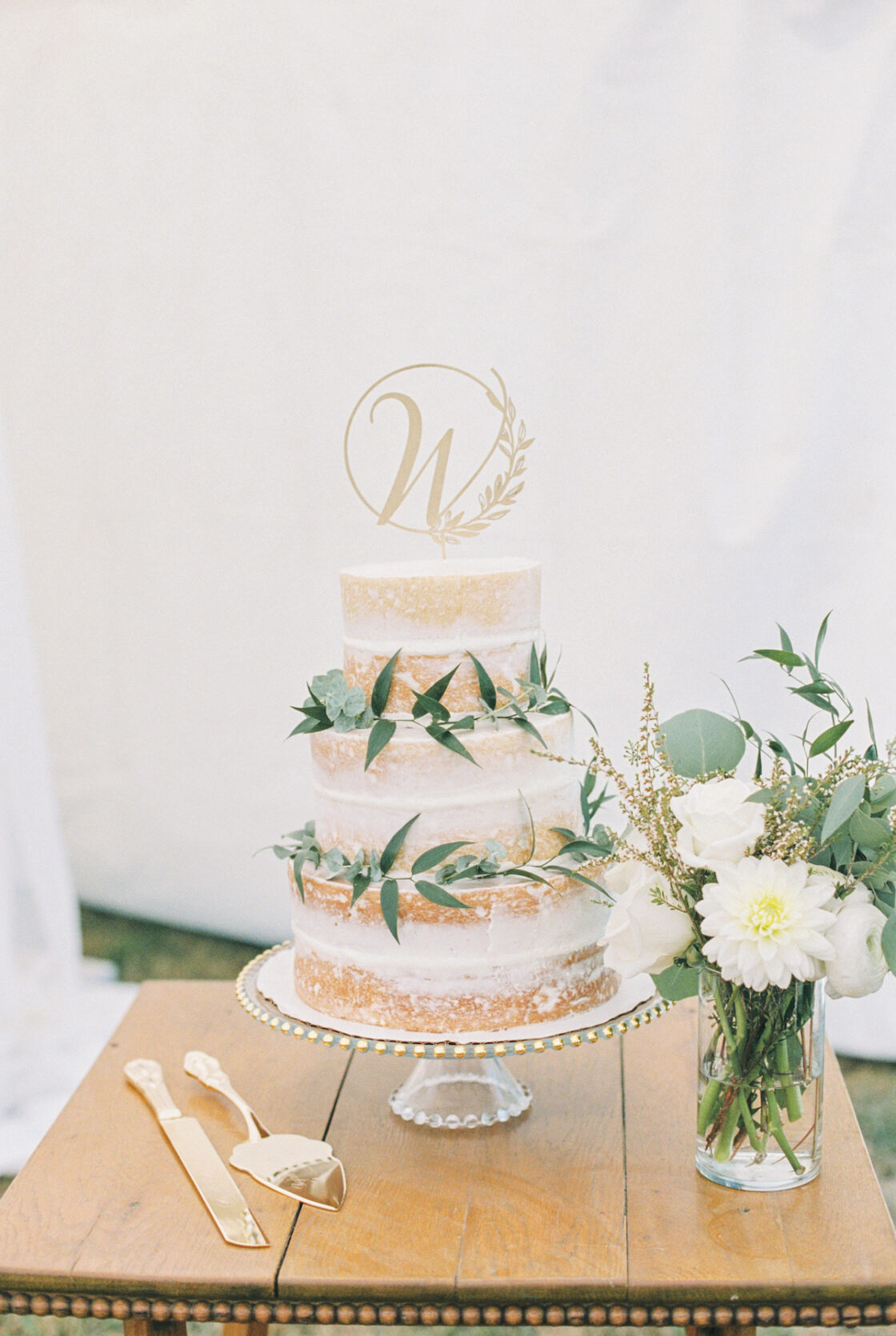 outdoor wedding Hunter Berry 22