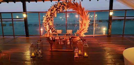 The Ultimate Location for your Destination Wedding Weekend: El Dorado Resorts